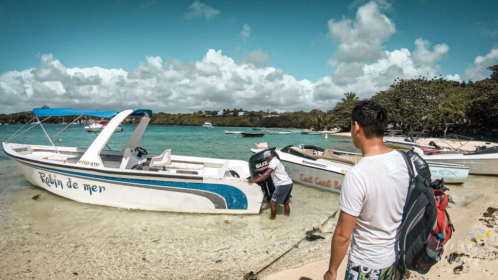 Shuttle-Boat Robin de Mer zur Île aux Cerfs