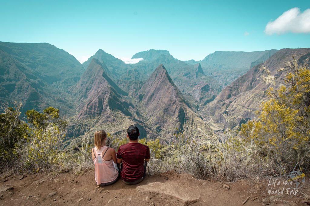 Life is a World Trip - Kombireise nach Mauritius und La Réunion. Cap Noir mit Aussicht auf den Talkessel Mafate.