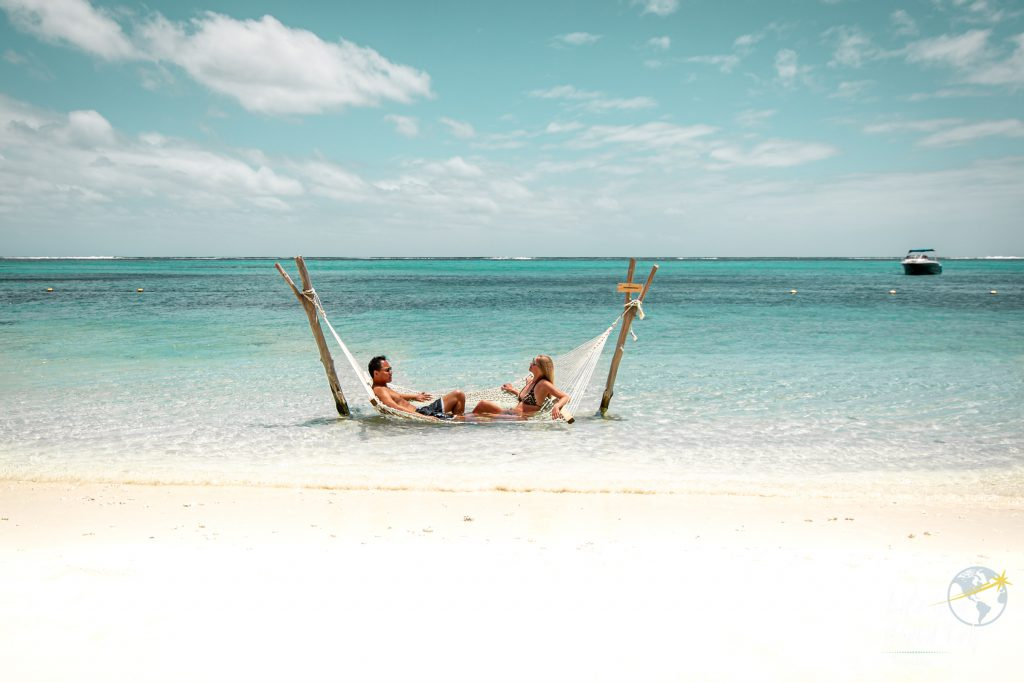 Life is a World Trip - Kombireise nach Mauritius und La Réunion. Relaxen am Le Morne Beach.